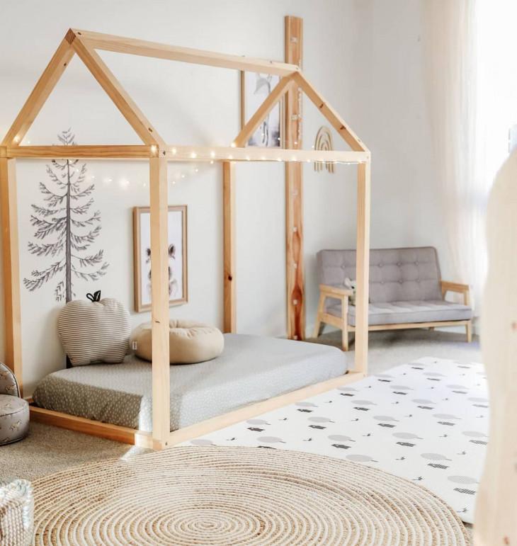 dormitor montessori neutru pat montessori neutru unisex