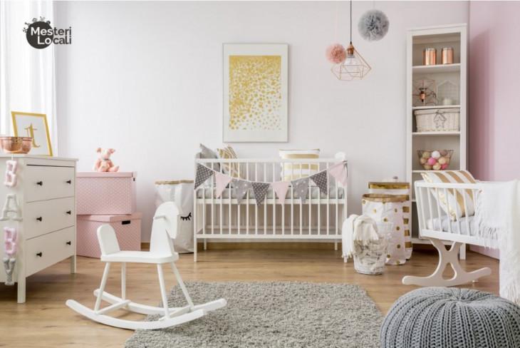 dormitor montessori patut copil alb perete roz mobila alba